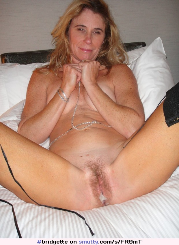 Mature Milf Gets Picked Up