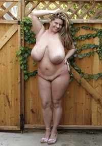 Free Curvy Tubes at misttubecom Free porn video page 01