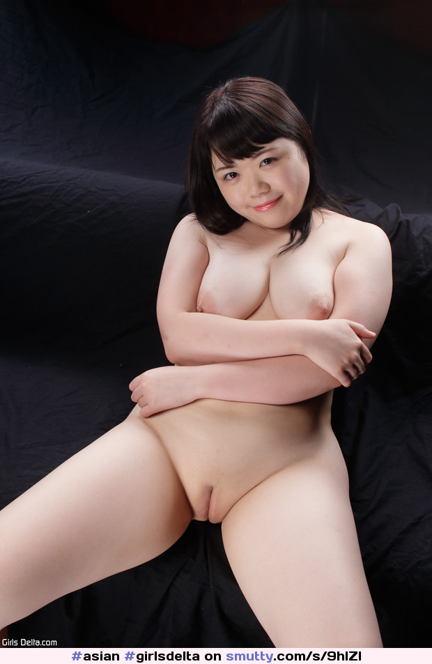 #asian #girlsdelta #pussy #shaved #naked #niceslit # ...