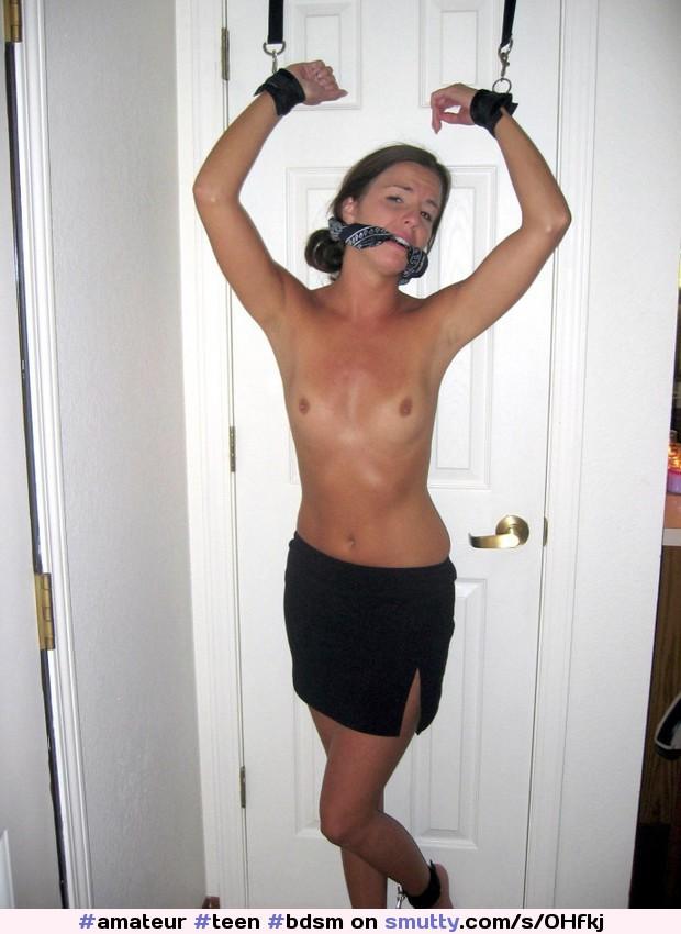 erotic miniskirt pics
