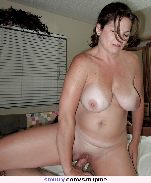 Single mother with saggy titties sucks me 10