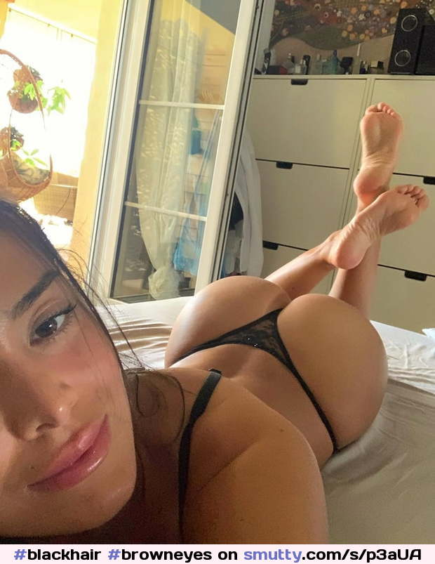 #blackhair #browneyes #nn #nonnude #barefeet #feet #sexyass #ass #lace #lingerie #blacklingerie #kissable #selfie #selfpic #onbed #latina