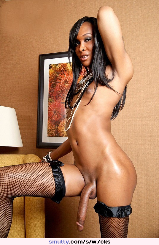 Dick Girls  Strap-On Babes Ebony Shemale Transexual  -4286