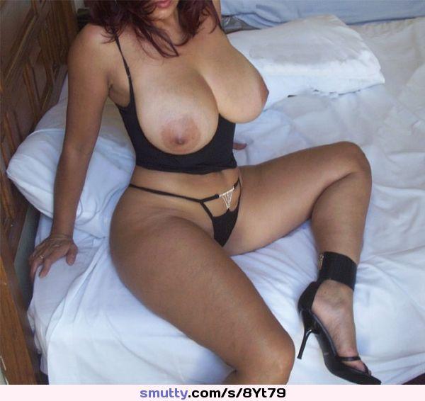 Curvy amateur wife