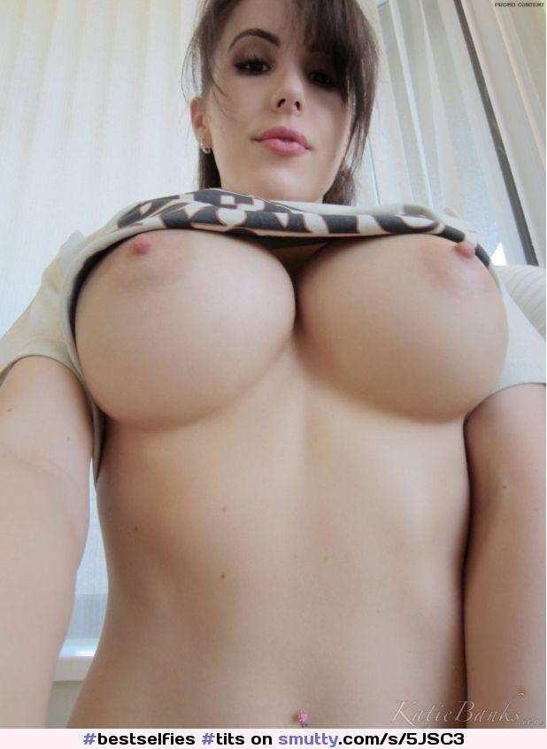 Sophie Dee Oiled Big Tits