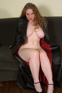 Young skinny girl dildo orgasm