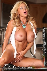 nude-college-rachel-aziani-pussy-from-how-dragon