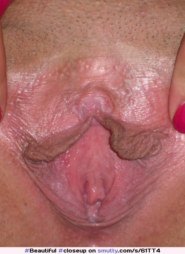 Wet juicy vagina lips