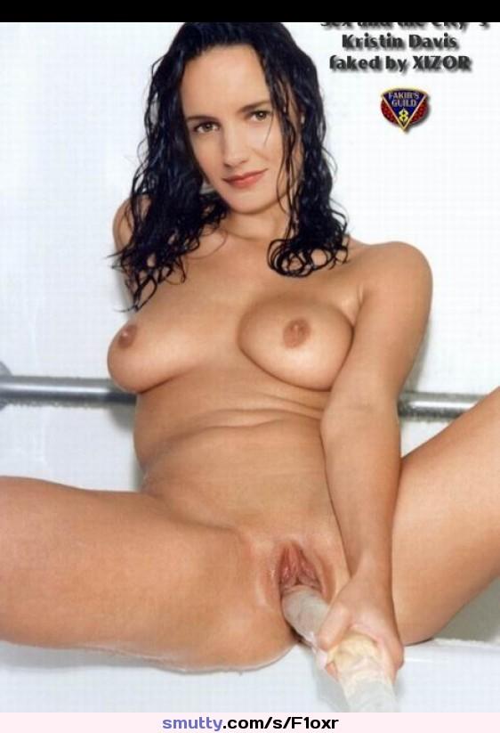Kristin Davis Upskirt And Panties