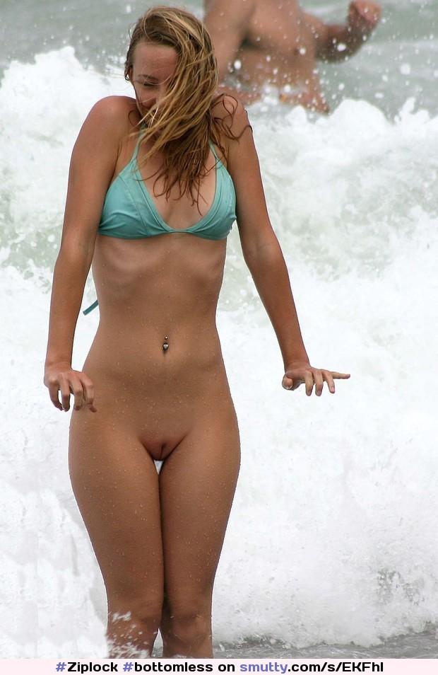 bottomless голый низ фото девушки