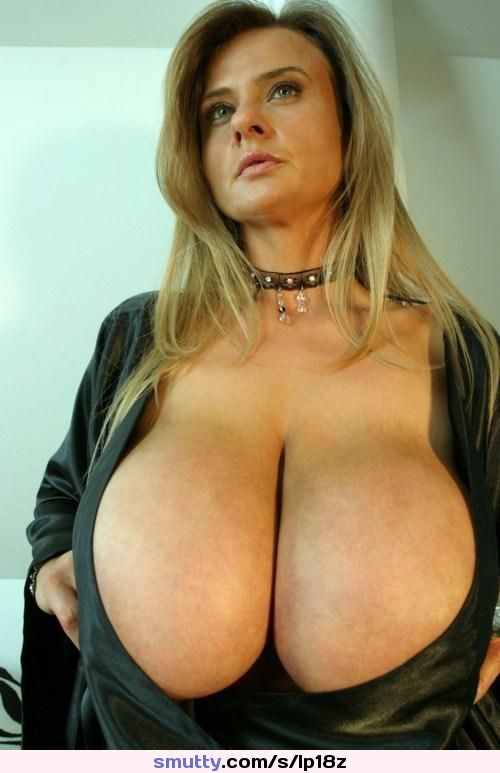 Torpedo tits boobs breasts   Thepicsaholic com Sex Picture Women Usa