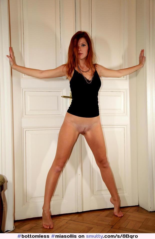 sexy nude red head gir