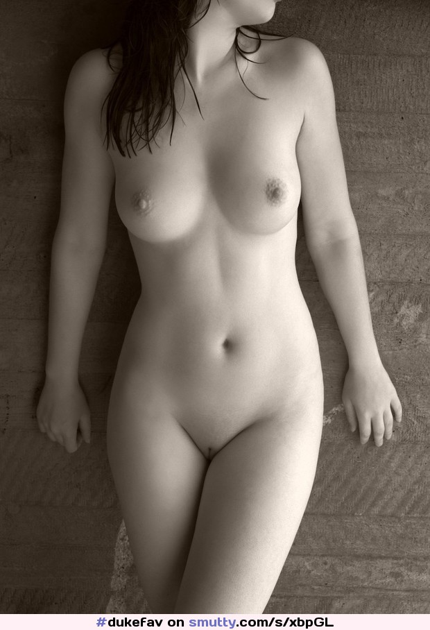 Pixpix nude