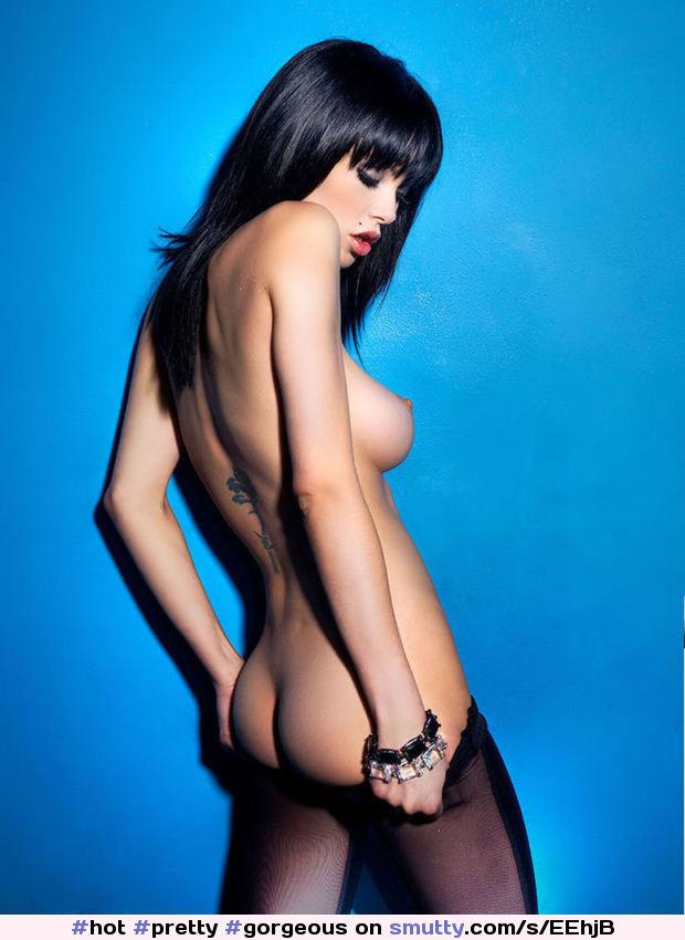 Vikki Blows Loaded Magazine Hotgirlclub 1