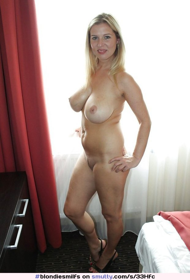 blonde-landing-strip