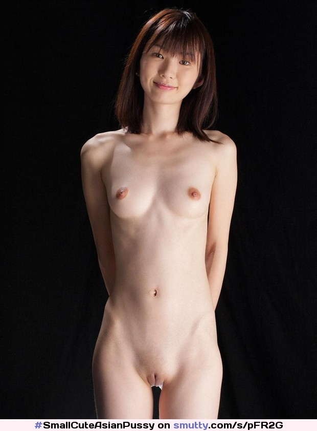 Shaved Pussy Nude