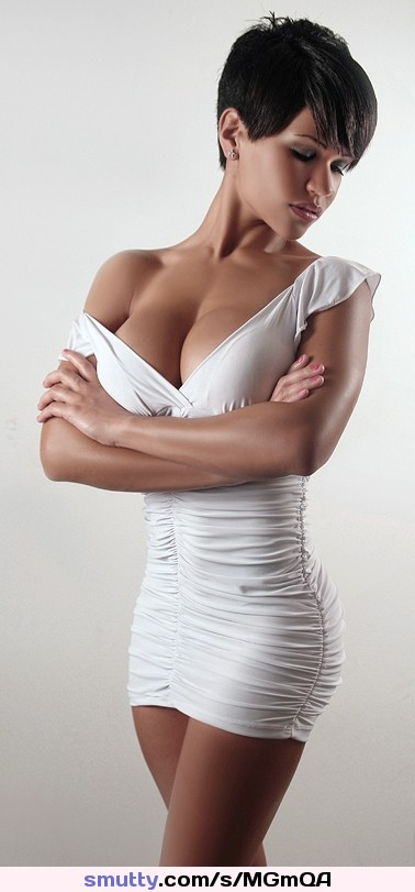 #brunette#shorthair#cleavage#shortdress #gorgeous