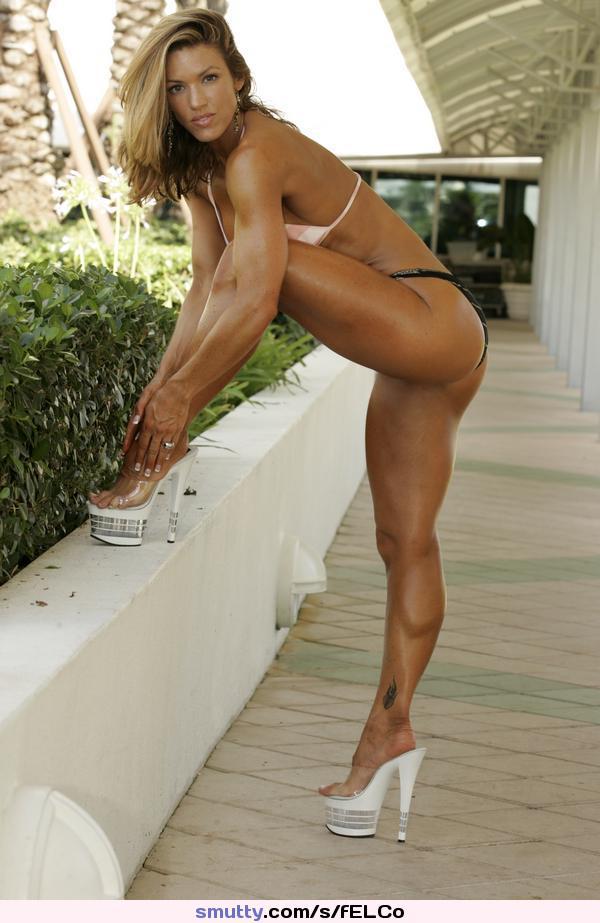 nude-muscular-legs-girls-riding-guy-gif