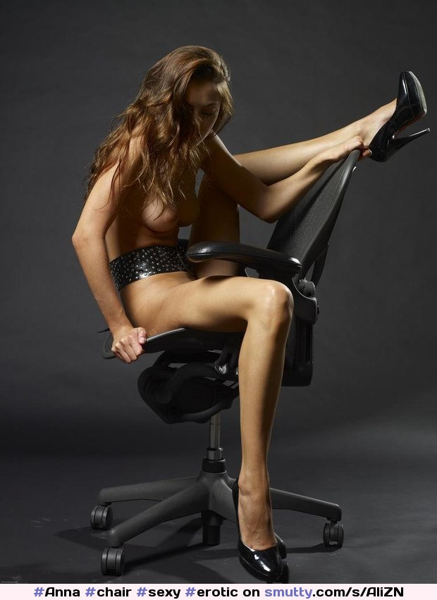 sexy-chair-straddle-nude-aunty-sex-images