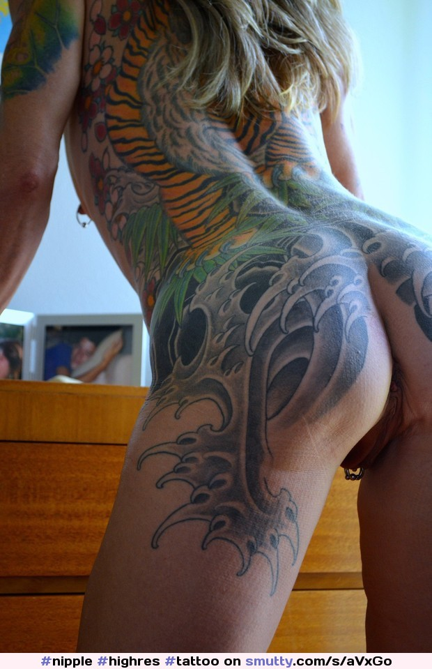 #highRes #tattoo #pierced #pussy #ass #nipple