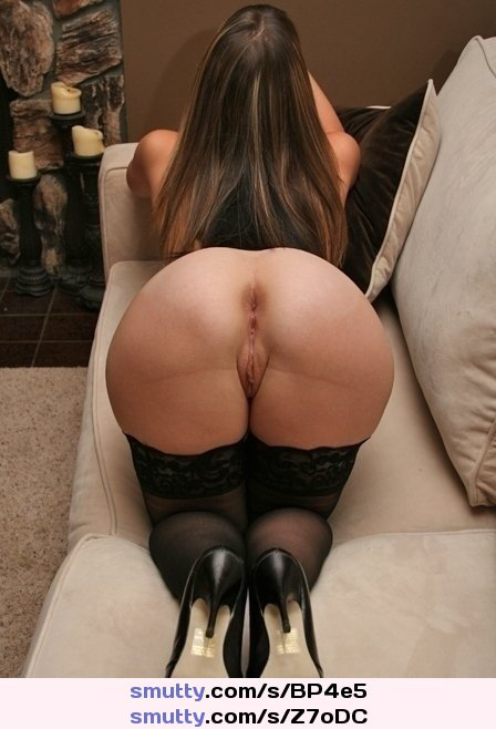 #rearview #perfectass #ass #bentover #stunning #pussylips #heels #stockings #butt #bigbutt #pawg