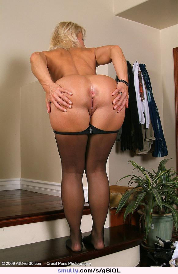 Bubble butt milf porn