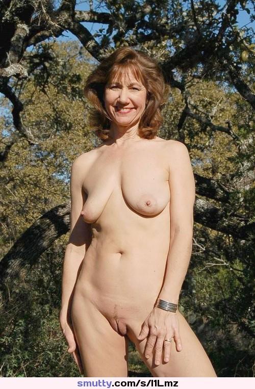 Finest Naked Women Camel Toe Photos