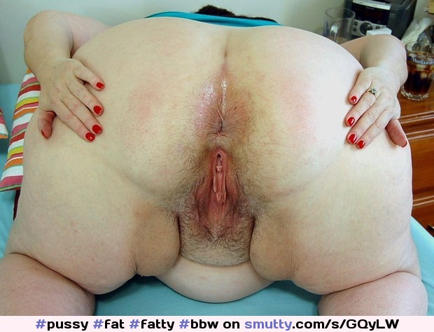 Chubby spread pussy and ass