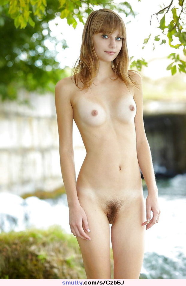 Nude woman photo gallery