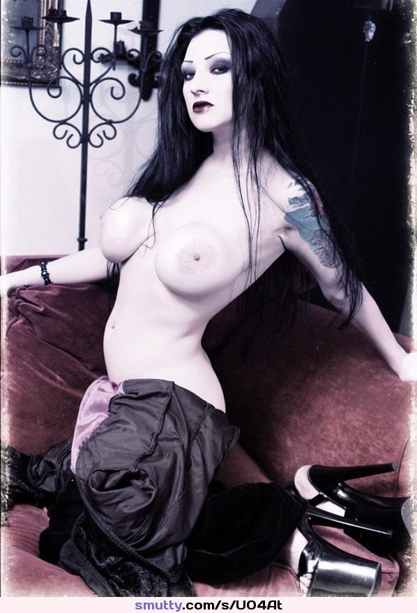 Pasians gothic girl nude