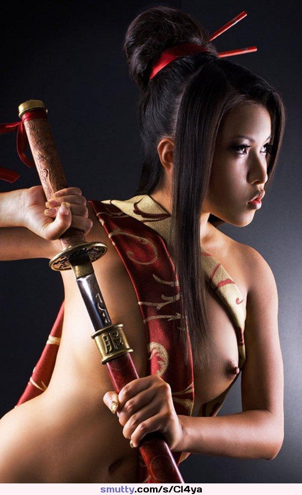 секс с самураем фото трусы массивной