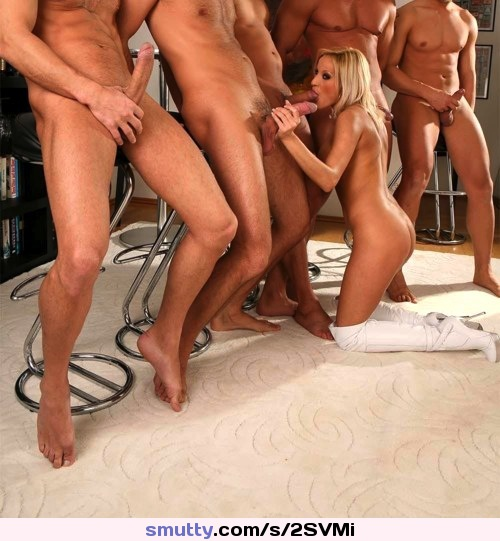 Blond mature rugmunching 101