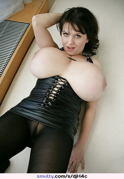 Kinky leather milf