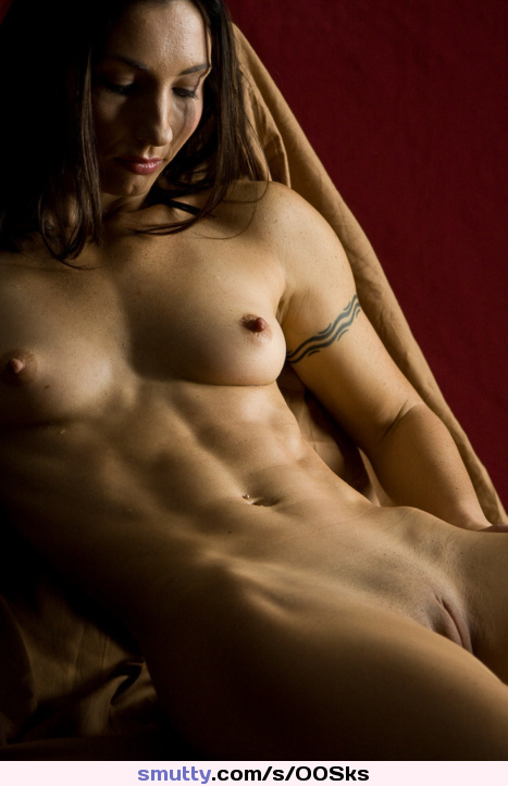 #beautiful #muscle #dyke #smalltits #smallboobs #toned #fitness #babe #lovely #pretty #nipples #EraserNipples #shavedcunt #pussy #hot #sexy