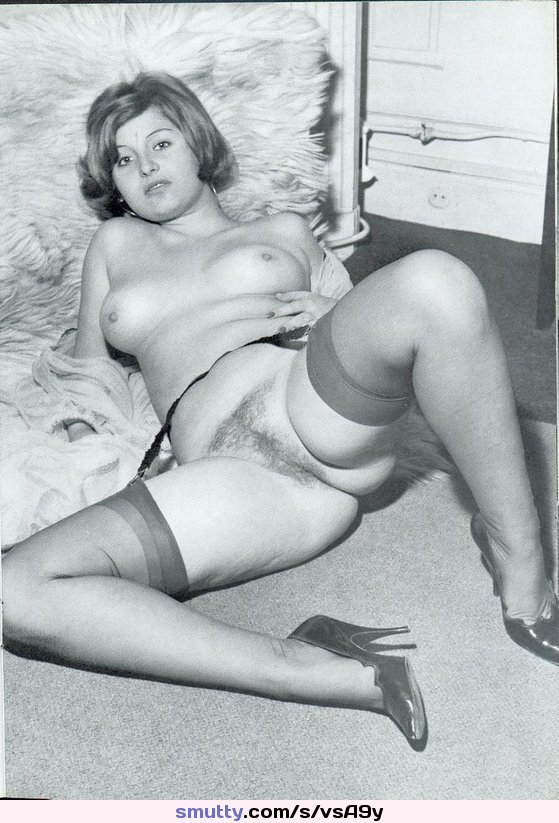 Retro Vintage Stockings Heels Hairy Milf Mature  -9430