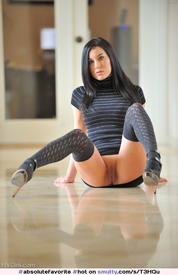 Nude pics Pantyhose boundage and gagging
