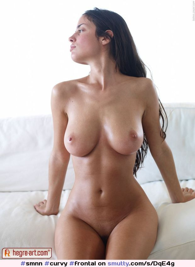 Most shapely woman nude