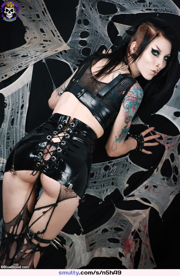 Famous goth girls goth girl tgp gothic fantasy pictures power goth girls dancing girls