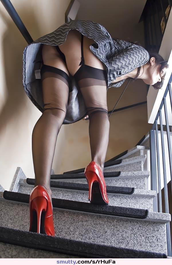 Upskirt Stockings No Panties
