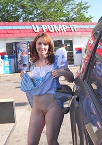 Milf in gas station
