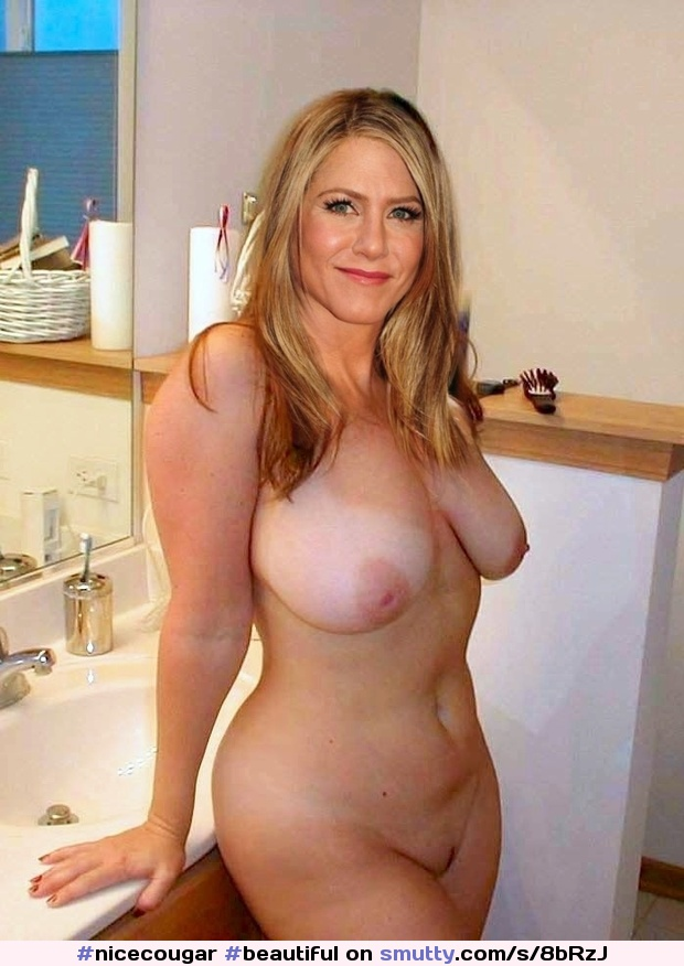 Beautiful Naked Milf Pictures