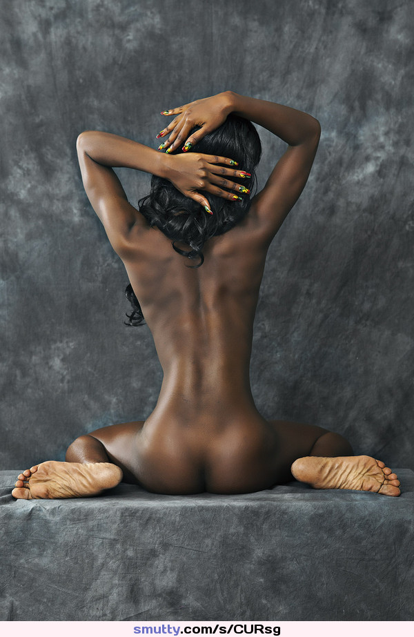 Ebony nude paintings