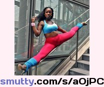 SPLITS & STUNTS#AnowaAdjah#Split#unusual#BigLegs#Ebony#nigerian