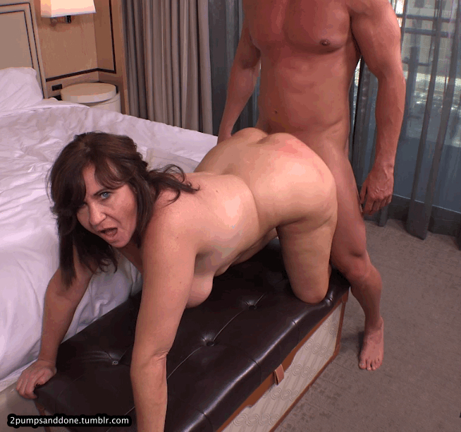 I Fucked My Crazy Thick Milf Neighbor While Her Husband Was