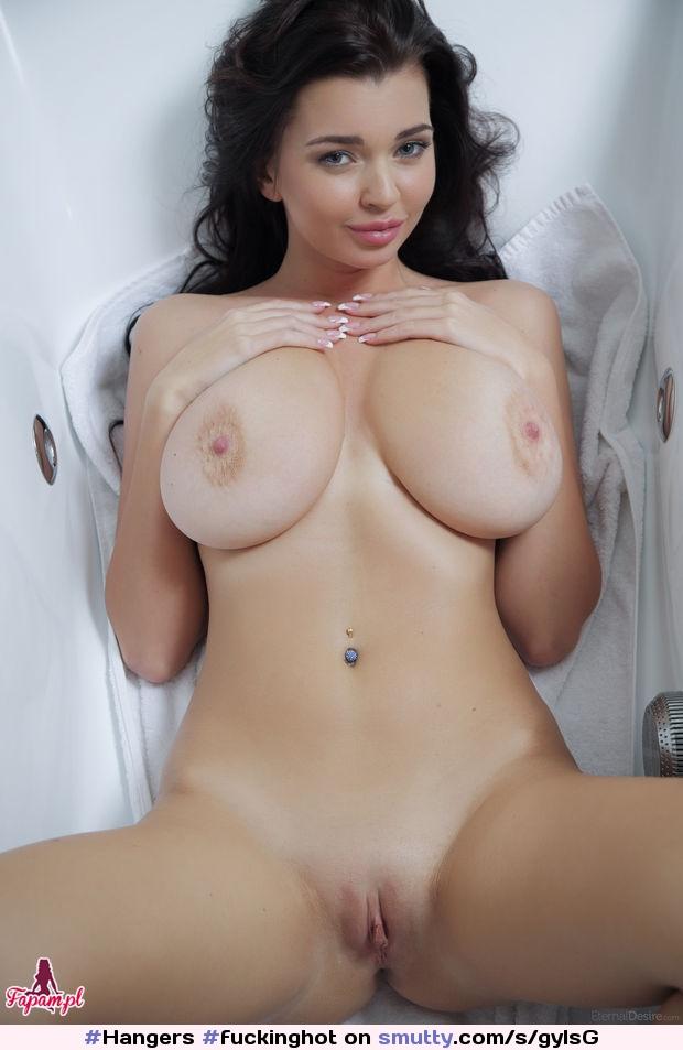 Mature milf tits pussy