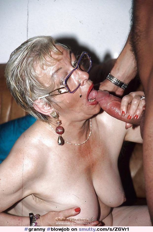 Hausfrauen Taetowierte Sexmaschine Facesitting