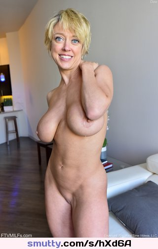 #DeeWilliams #ShortHair #Blonde #MILF #Mature #BigTits #Fit #ShavedPussy #Nude #Hangers #hot #Bodacious