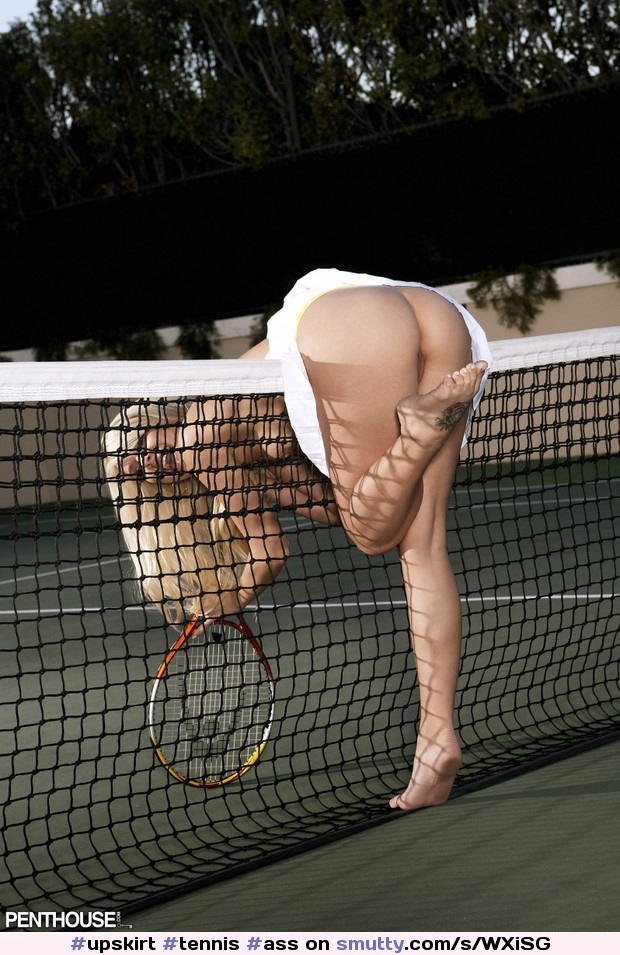Busty topless tennis player girl nude girls pictures