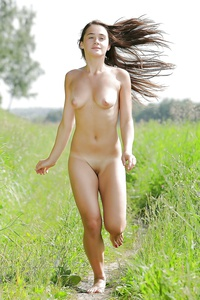 Can Jogging nude