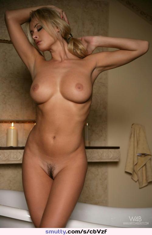 Женщины голые эро фото